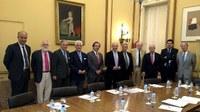 Diez personas comisionadas por el Ministerio para fomentar la tauromaquia.